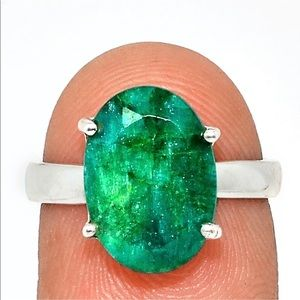 Indian green emerald and sterling silver ring 7.5